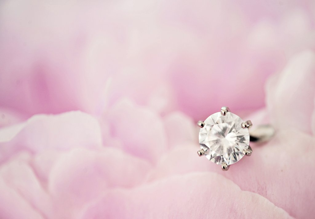 Engagement-ring-wedding-jewelry-1.full