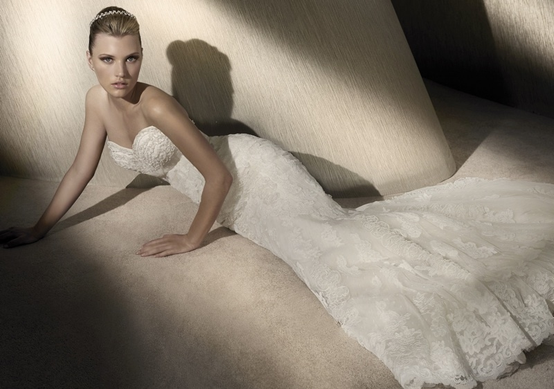 Featured-carousol-san-patrick-lace-wedding-dress.full
