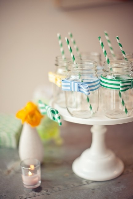 photo of mason-jars-for-vintage-weddings-DIY-wedding-ideas