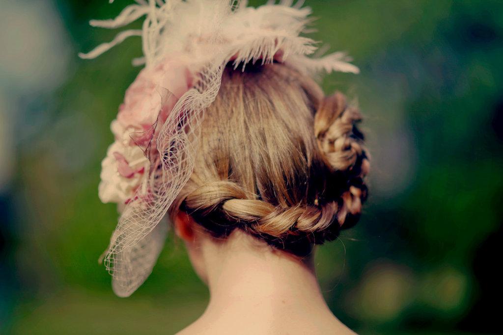 Wrap-around-braid-gorgeous-wedding-hairstyle.full