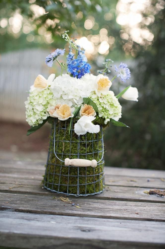 Romantic-wedding-reception-centerpiece-wedding-flowers.full