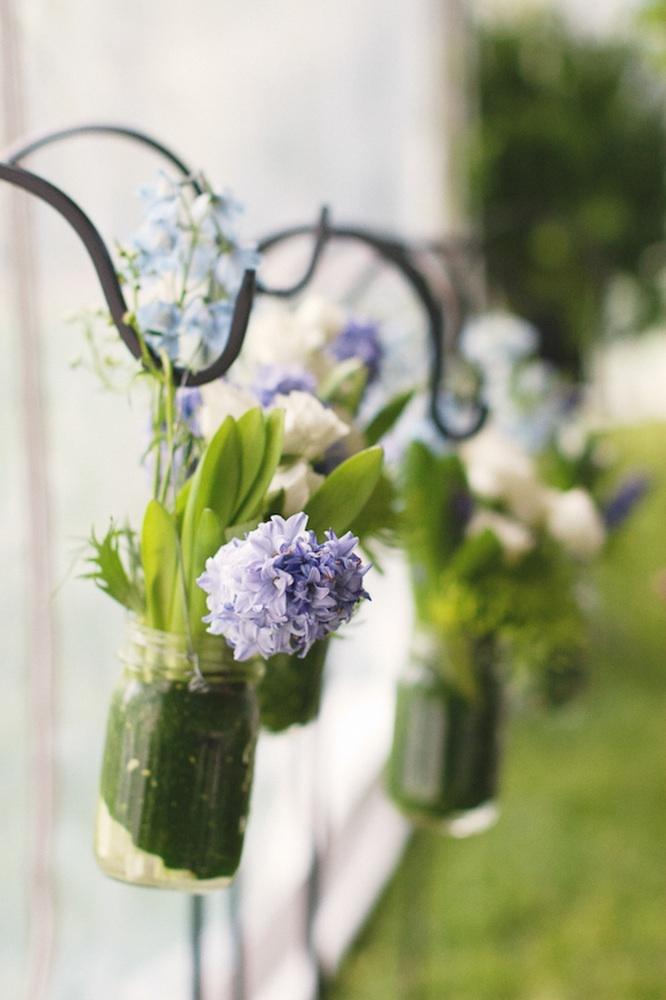 Rustic-chic-outdoor-wedding-ceremony-flowers-decor.full