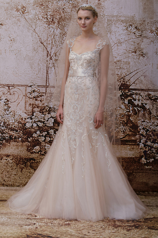 Monique Lhuillier Fall 2014 wedding dress look 27