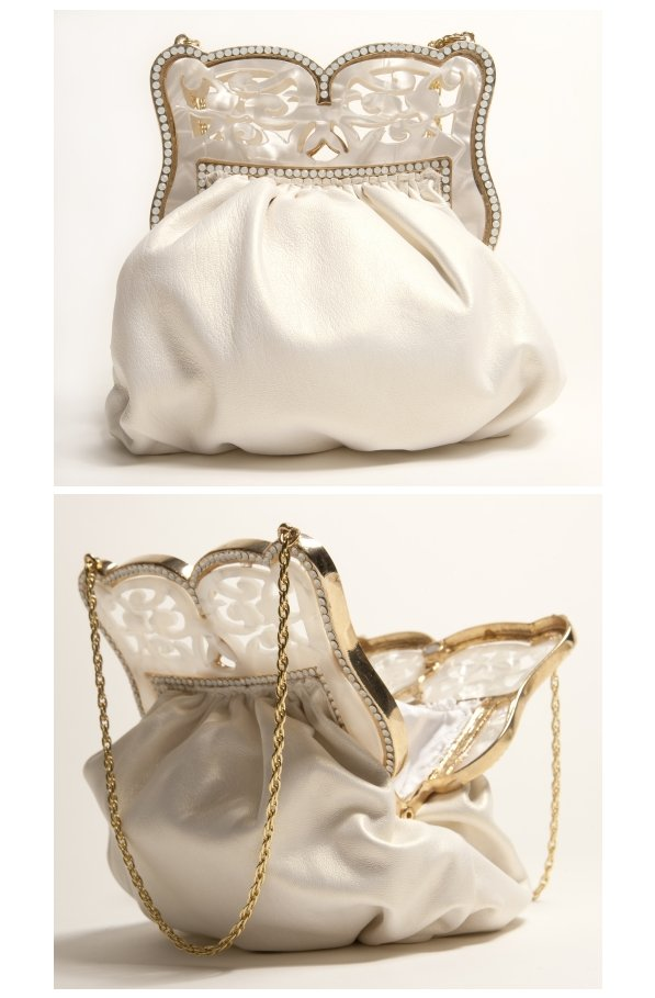 Wedding-splurge-bridal-clutch-wedding-accessories-1.full