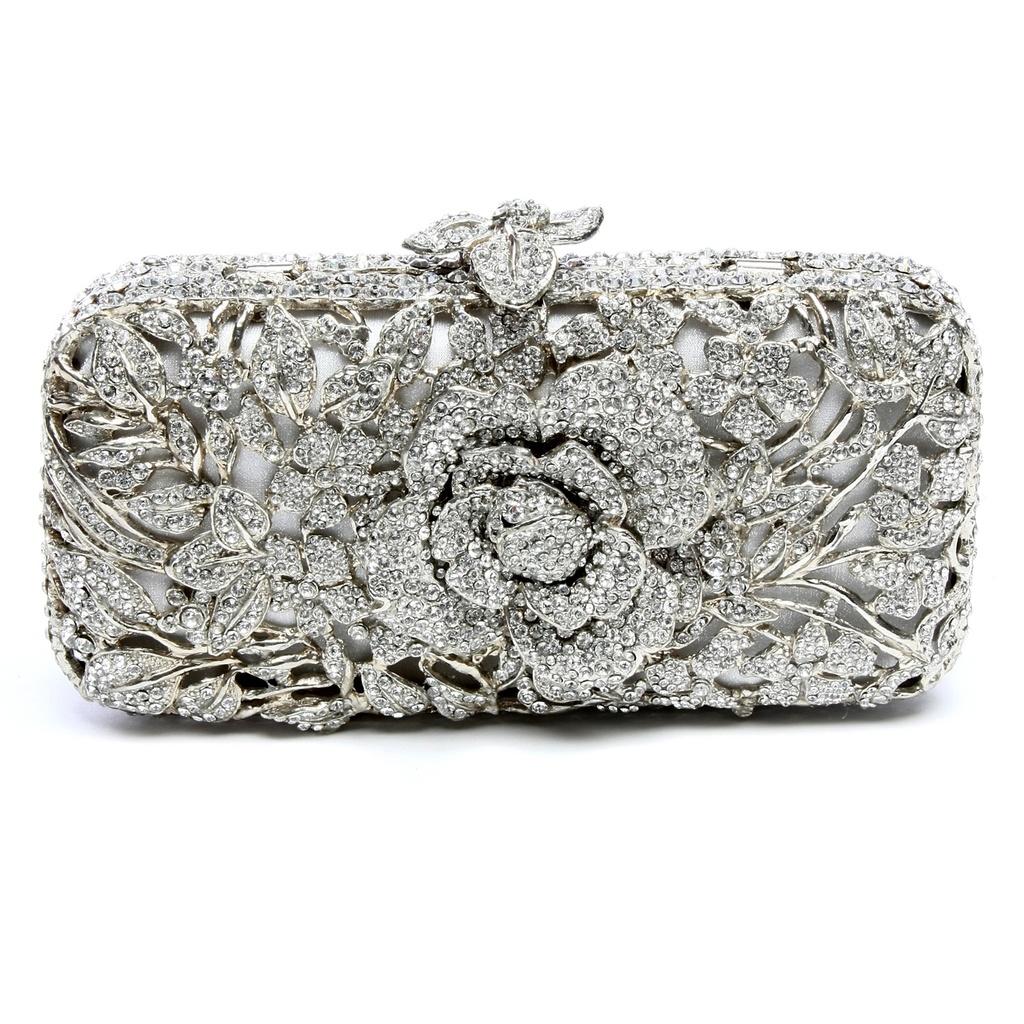Splurge-worthy-wedding-accessories-bridal-clutch-2011-bridal-trends-metallics.full