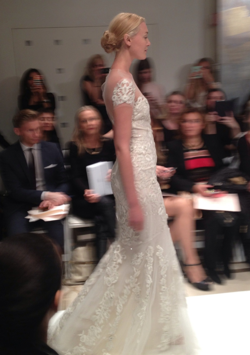 Reem-acra-fall-2014-bridal-lace-sleeves.full