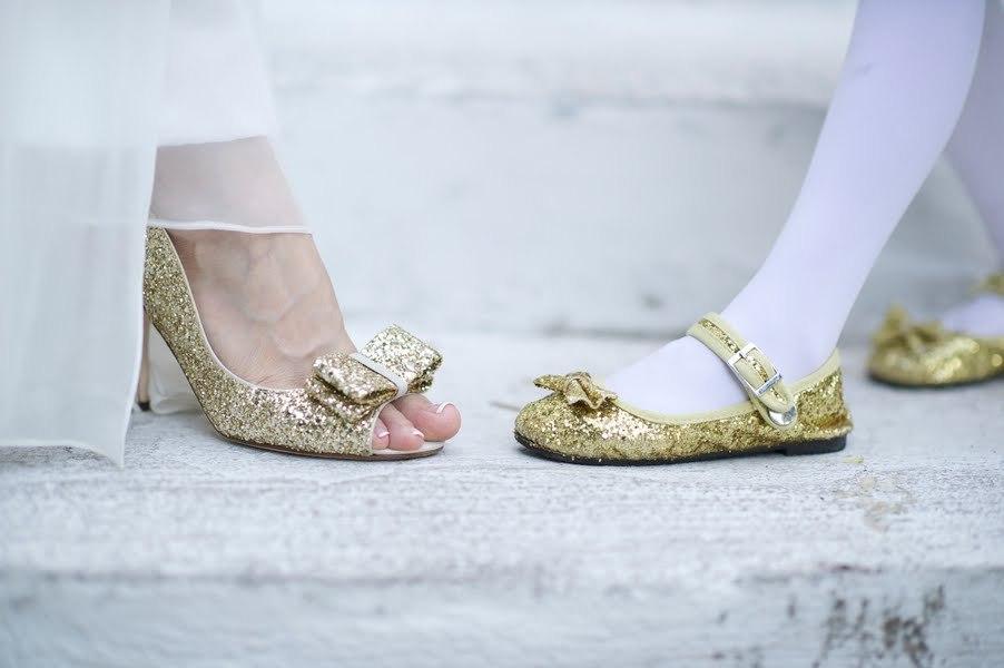 Metallic-gold-wedding-shoes.full