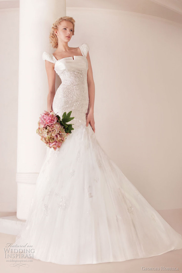 Square neck mermaid wedding dress
