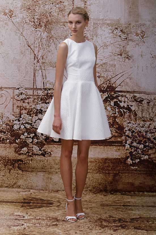 Wedding dress by Monique Lhuillier Fall 2014 bridal Look 3