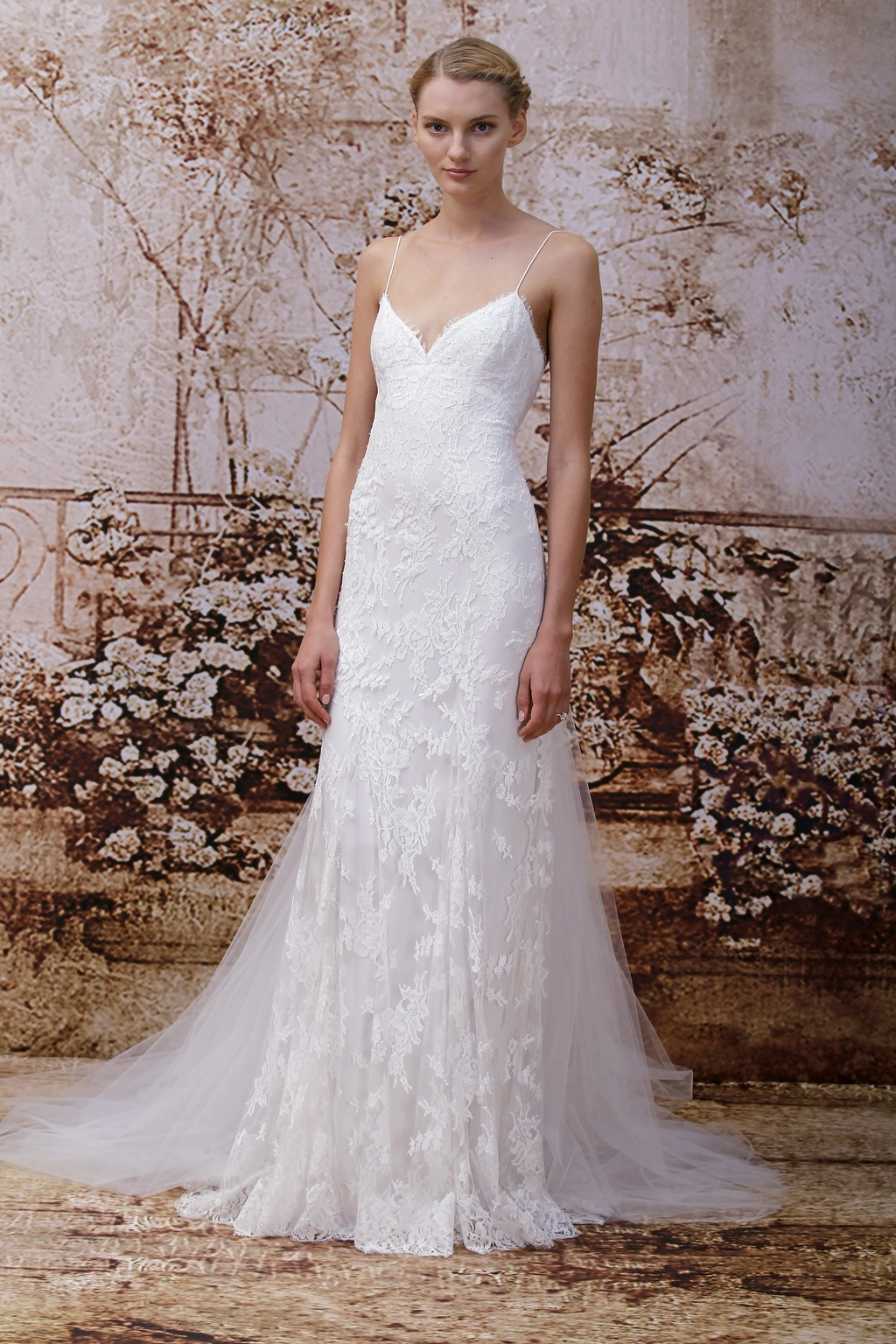 Wedding dress by Monique Lhuillier Fall 2014 bridal Look 9
