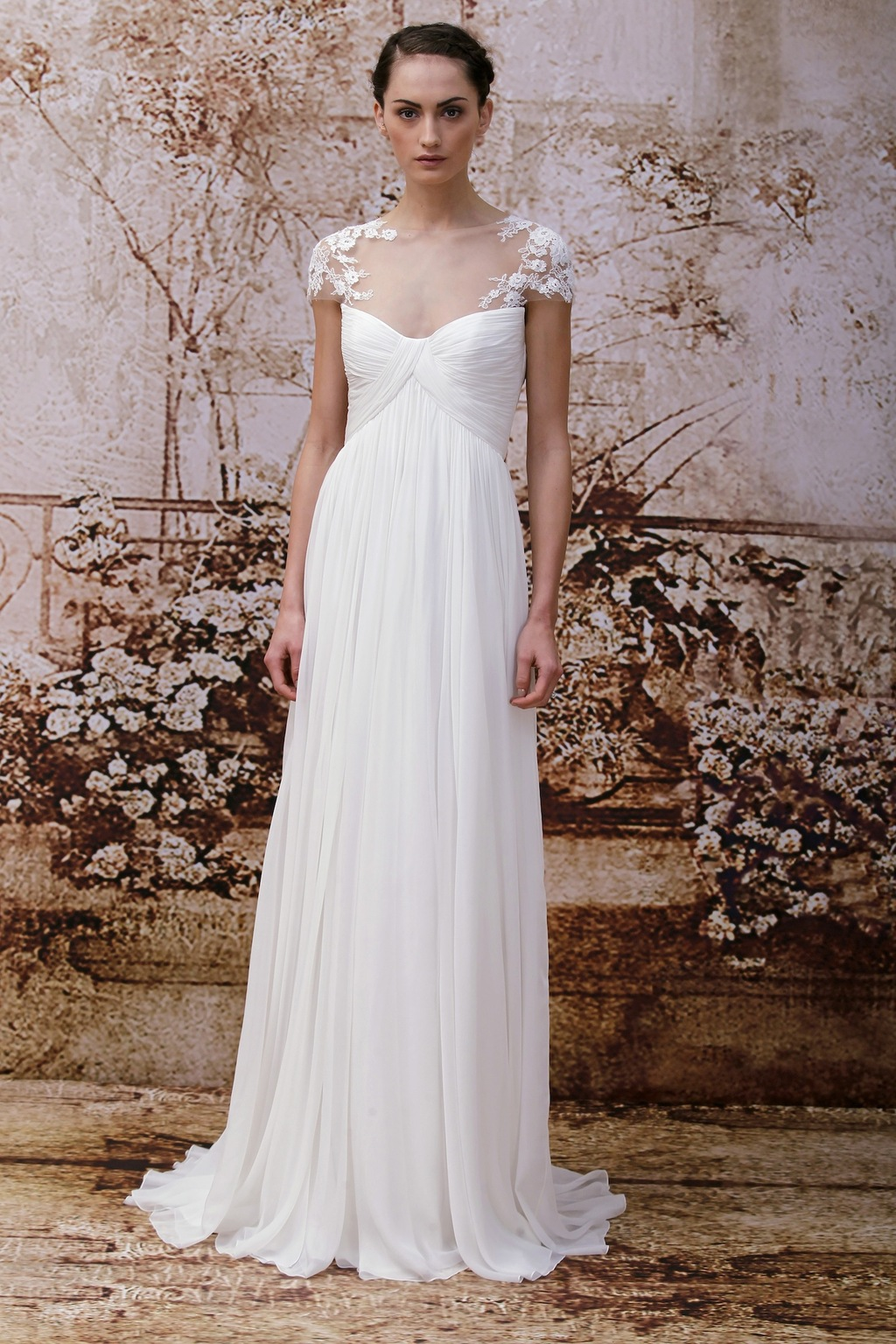 Wedding-dress-by-monique-lhuillier-fall-2014-bridal-look-10.full