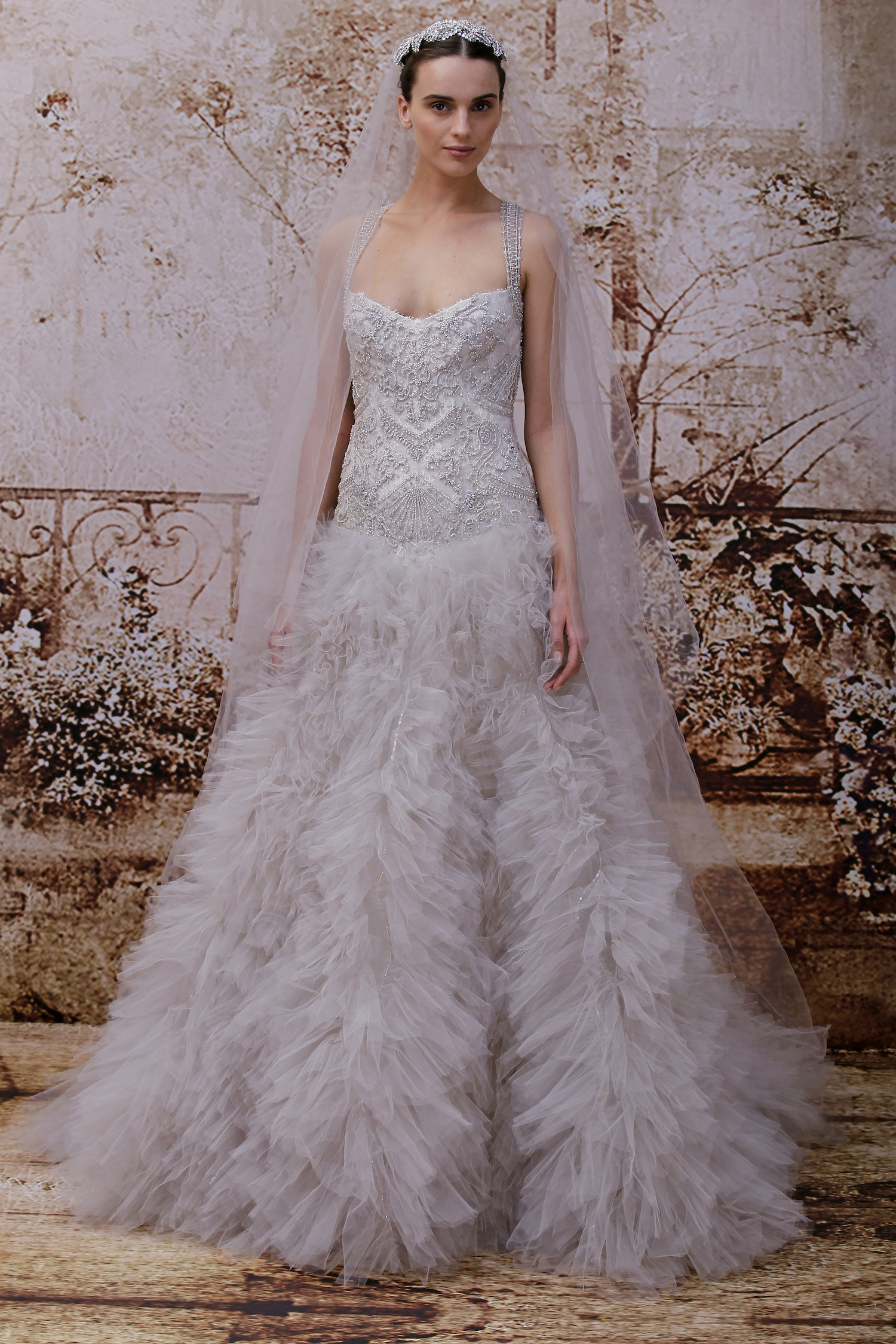 Wedding dress by monique lhuillier fall 2014 bridal look for Monique lhuillier wedding dress