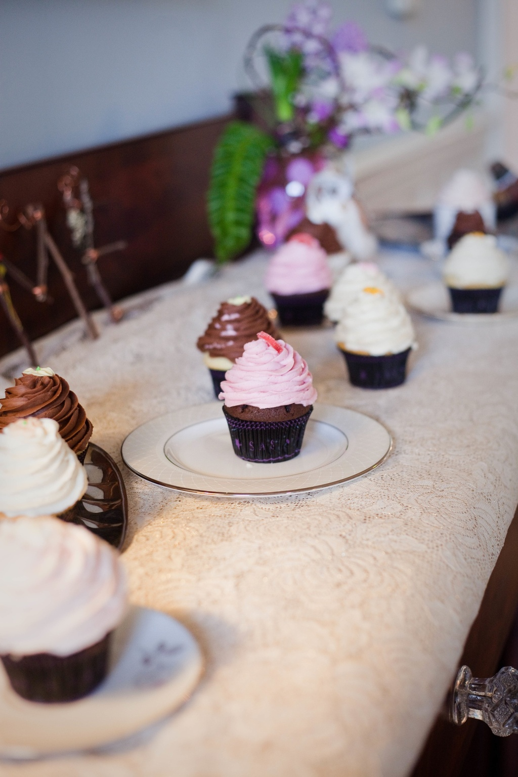 Wedding-cupcakes-alternative-to-wedding-cake-7.full