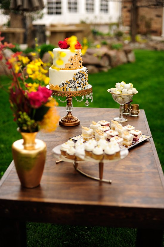 Glamping Wedding Cake