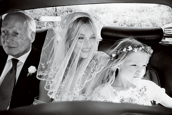 Kate Moss wears antique bridal veil, beaded wedding dress to wedding
