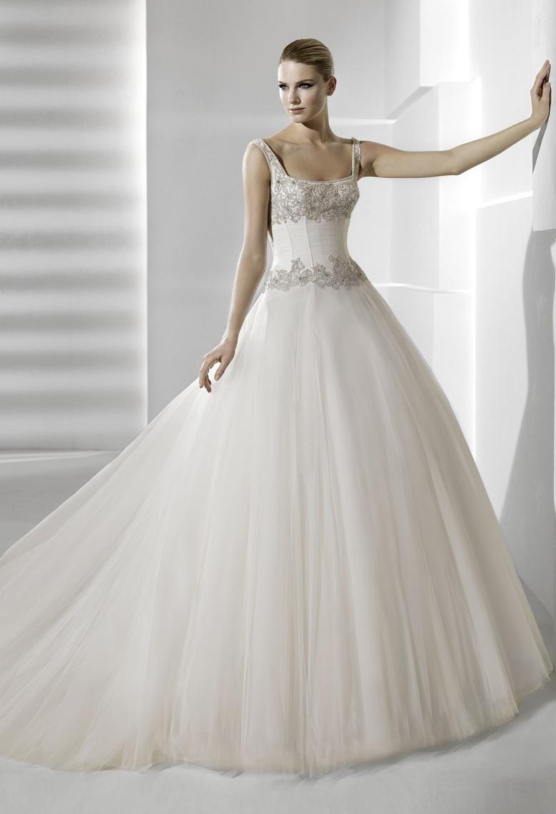 Sevilla-la-sposa-wedding-dress-2012-bridal-gowns.full