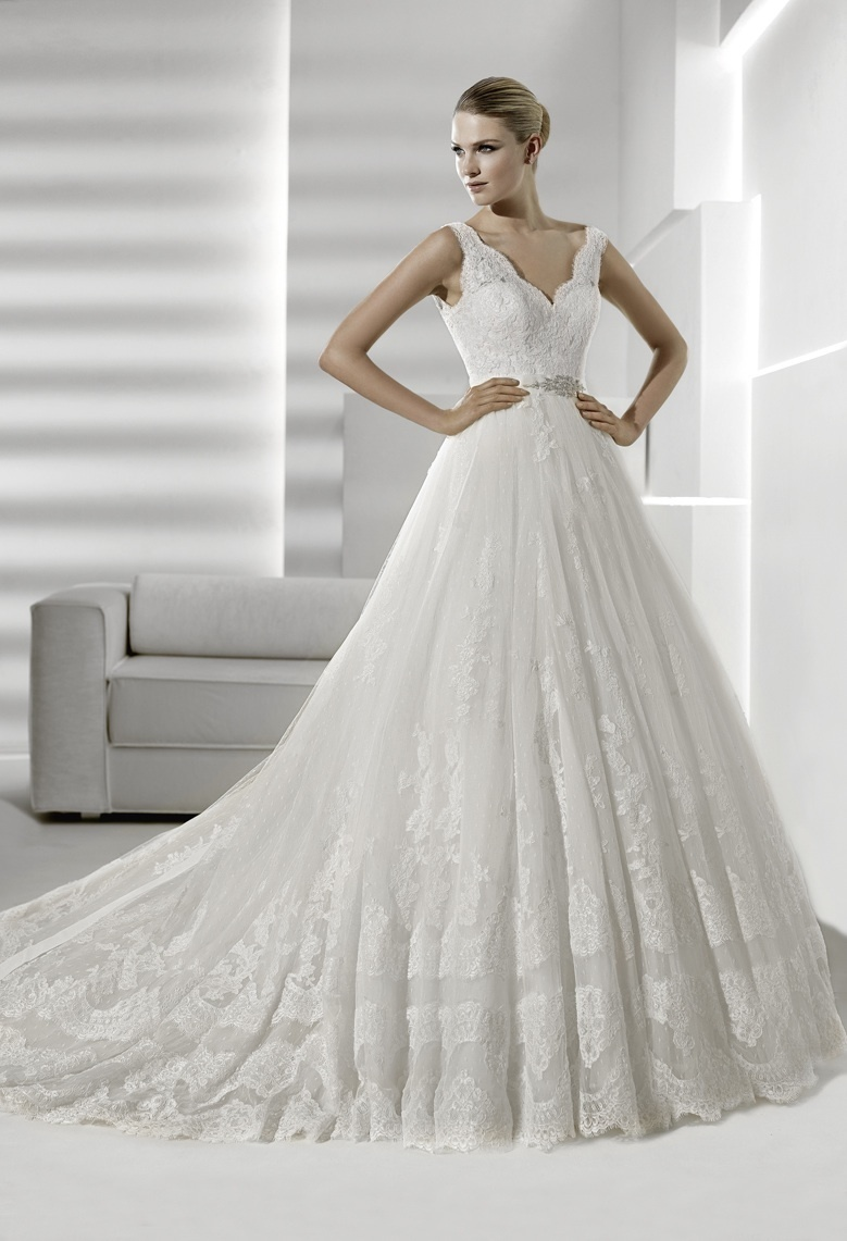 Ballgown wedding dress