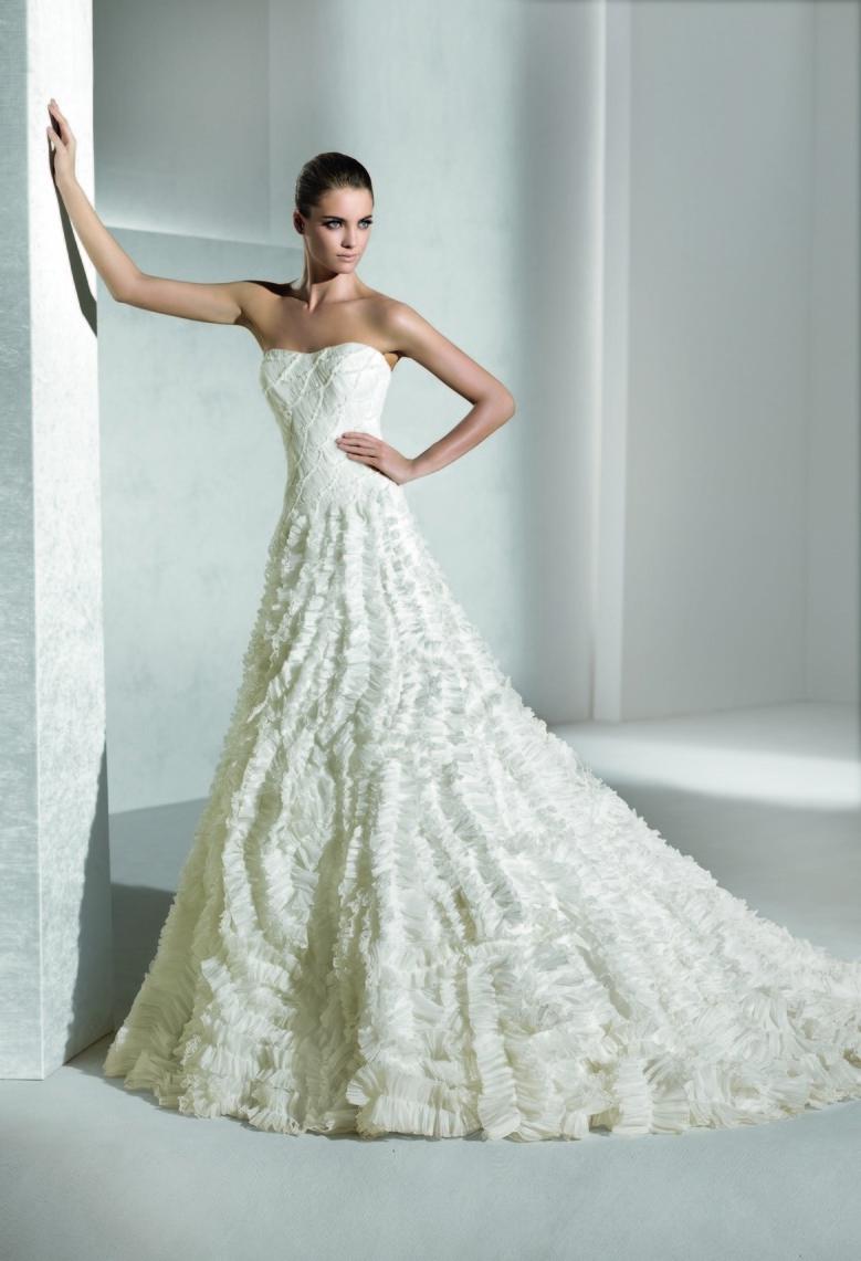 La-sposa-wedding-dress-2012-bridal-gowns-suave.full