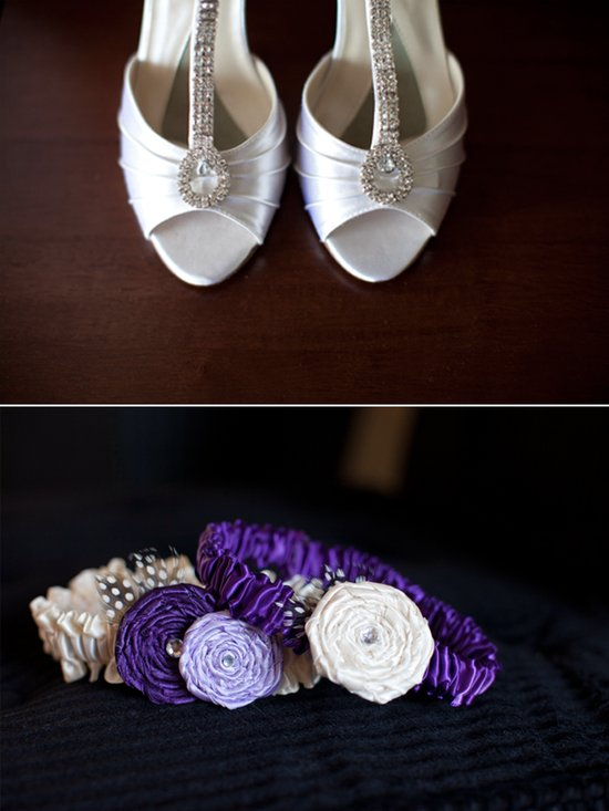 Peep-toe ivory wedding shoes, purple bridal garter