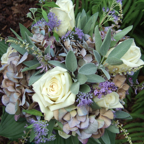 White and Purple Luxury Rose Wedding Flowers