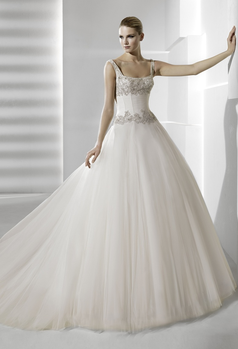 Romantic ballgown wedding dress with embellished corset bodice for La sposa wedding dresses