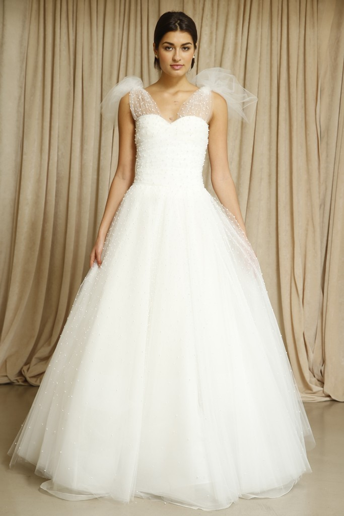 Oscar-de-la-renta-wedding-dress-fall-2014-5.full