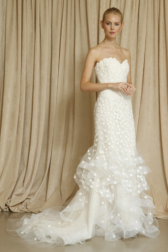 Oscar de la Renta wedding dress Fall 2014 4