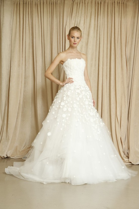 Oscar de la Renta wedding dress Fall 2014 2