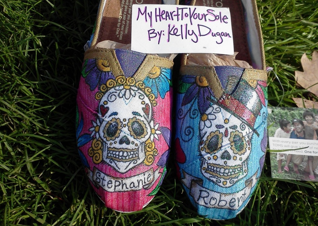 Custom-day-of-the-dead-toms-wedding-shoes.full