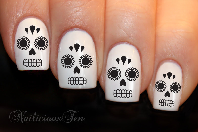 White-and-black-wedding-nails-for-day-of-the-dead-theme.full