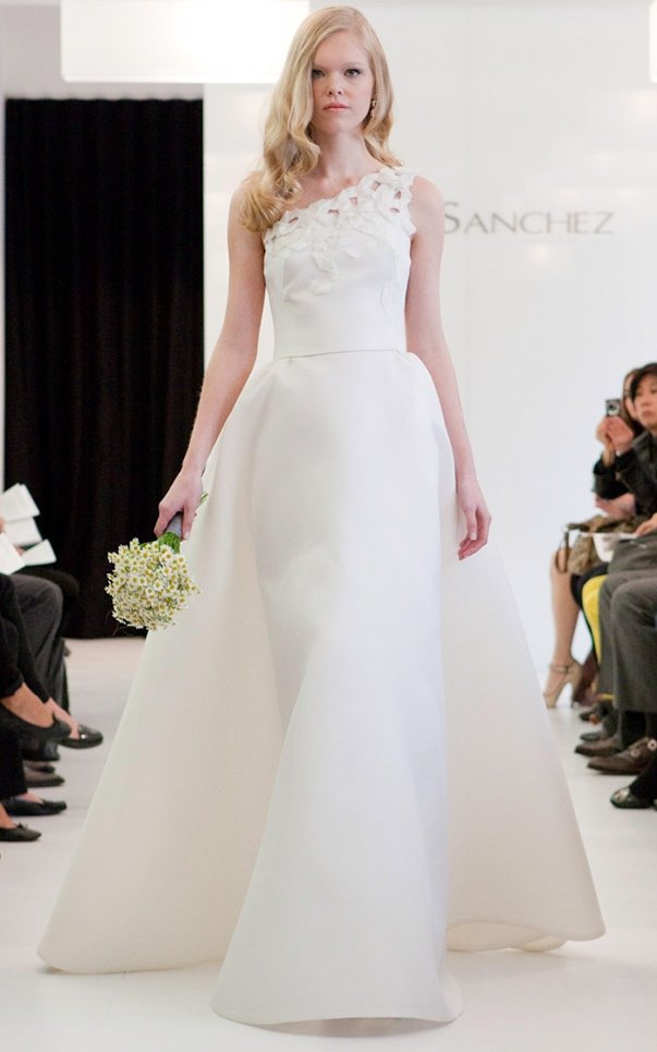 2011-wedding-dress-angel-sanchez-bridal-gowns-5.full