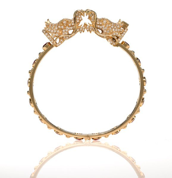 Unique-gold-and-diamond-engagement-ring.full