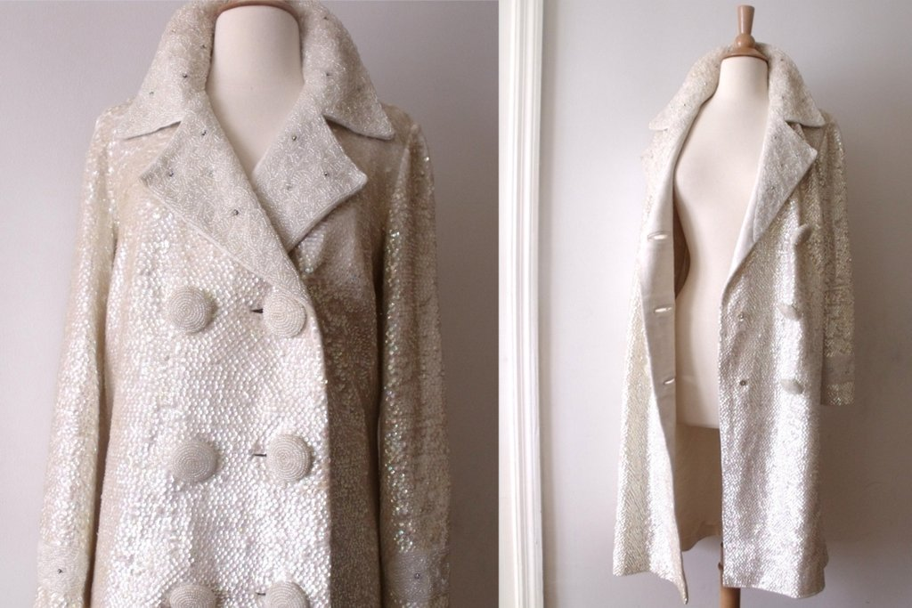 Beautiful-bridal-coats-for-fall-and-winter-weddings-6.full