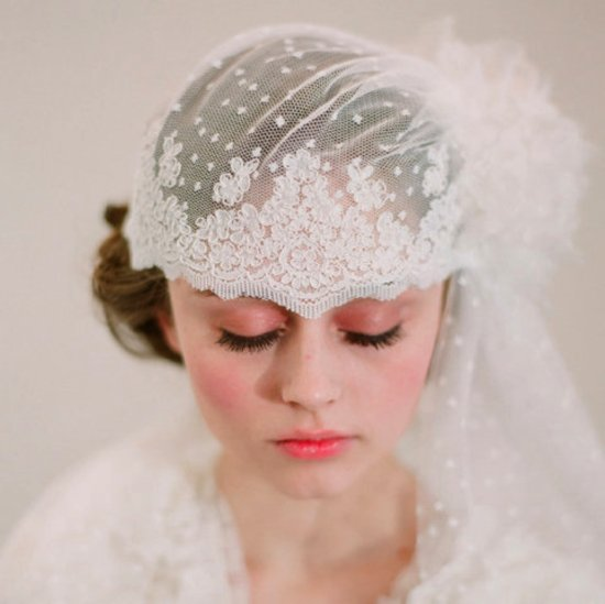 Romantic lace bridal cap for vintage chic brides
