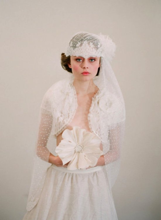French-inspired bridal cap, a chic alternative to bridal veil