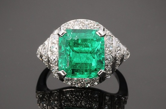 emerald and diamond art deco engagement ring from the 1920s
