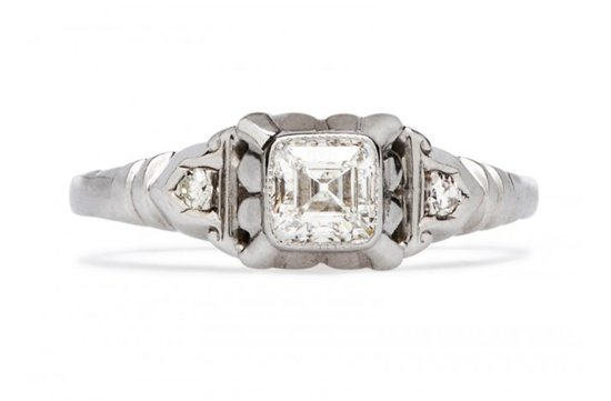 Vintage engagement ring for Art Deco loving brides 19