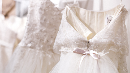 Fall 2014 wedding dress trends from Amsale 3