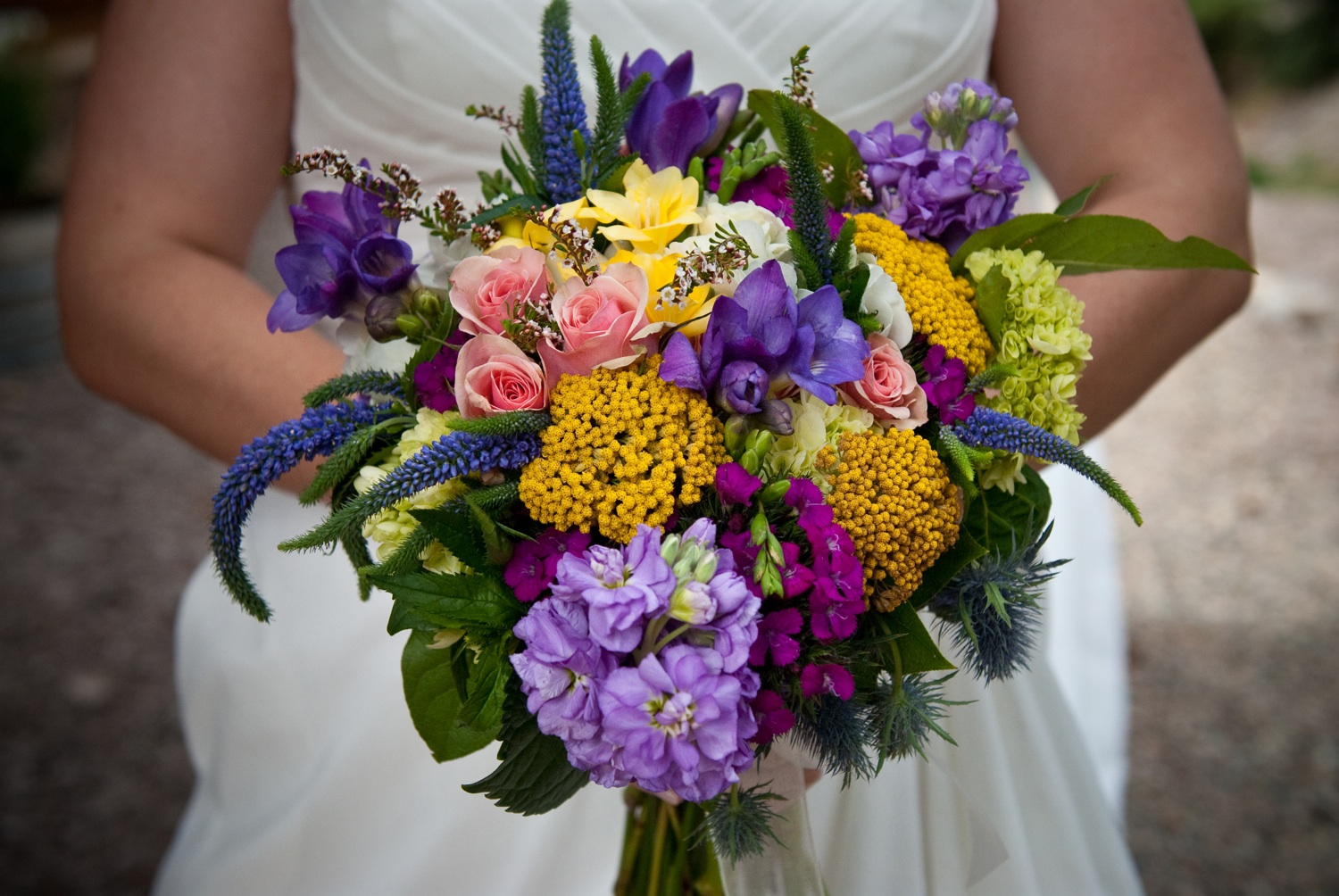 Colorful-bridal-bouquet-real-wedding.original