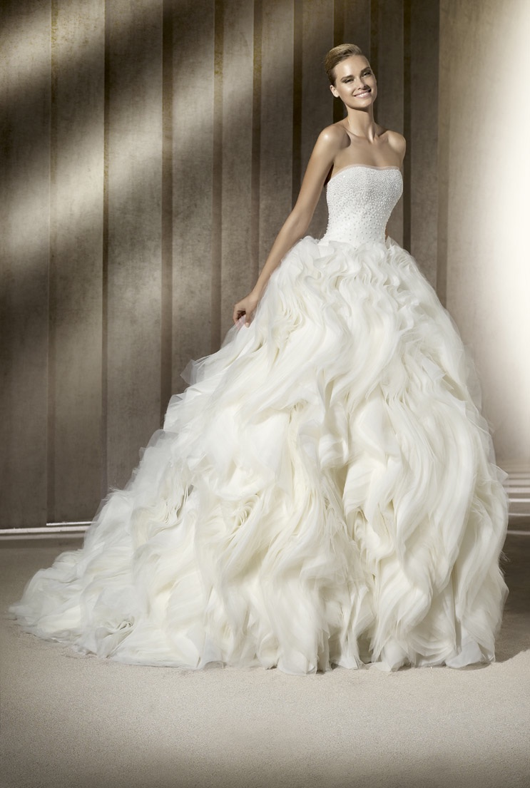 Layered Wedding Dresses : Dramatic ballgown wedding dress with layered skirt
