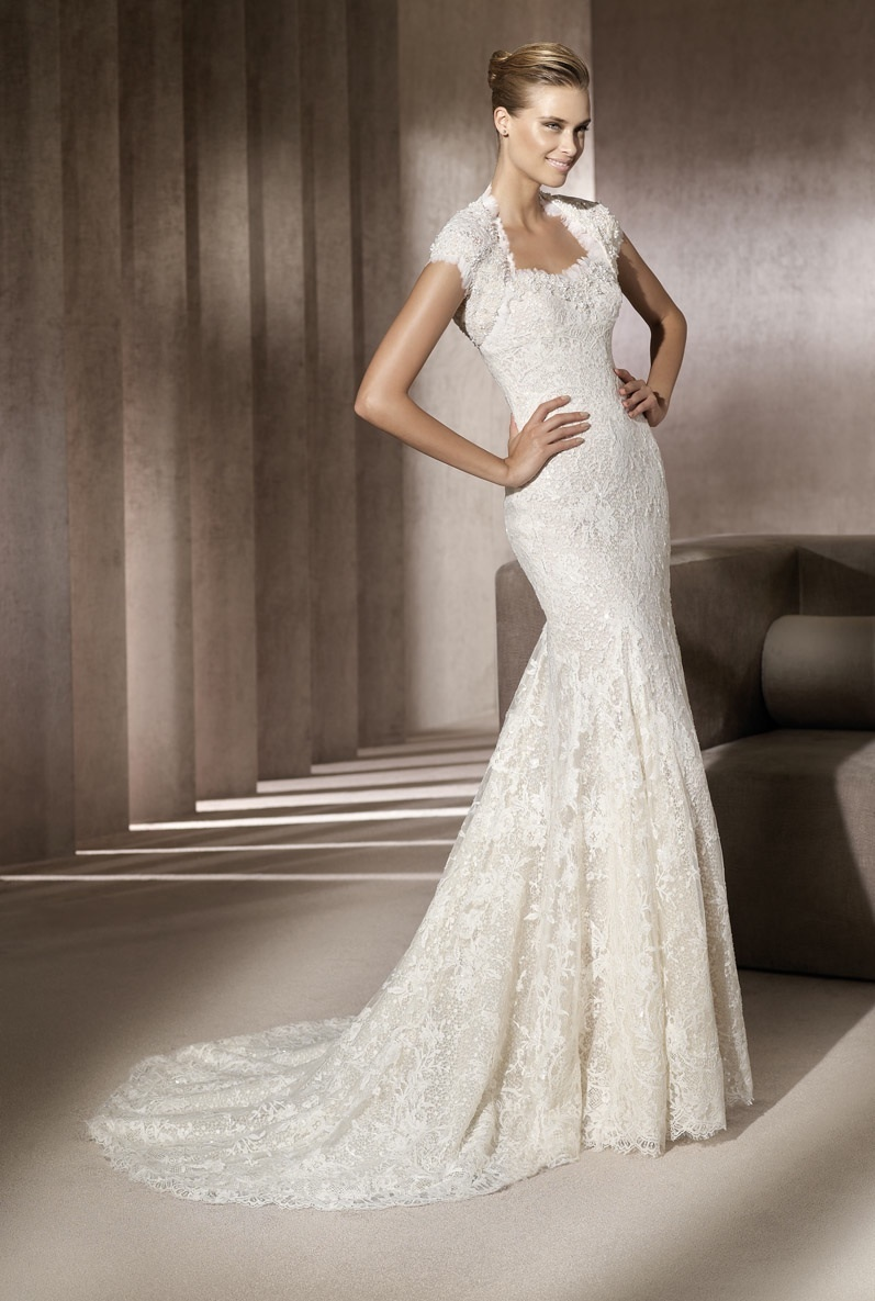 Cap sleeved lace mermaid wedding dress