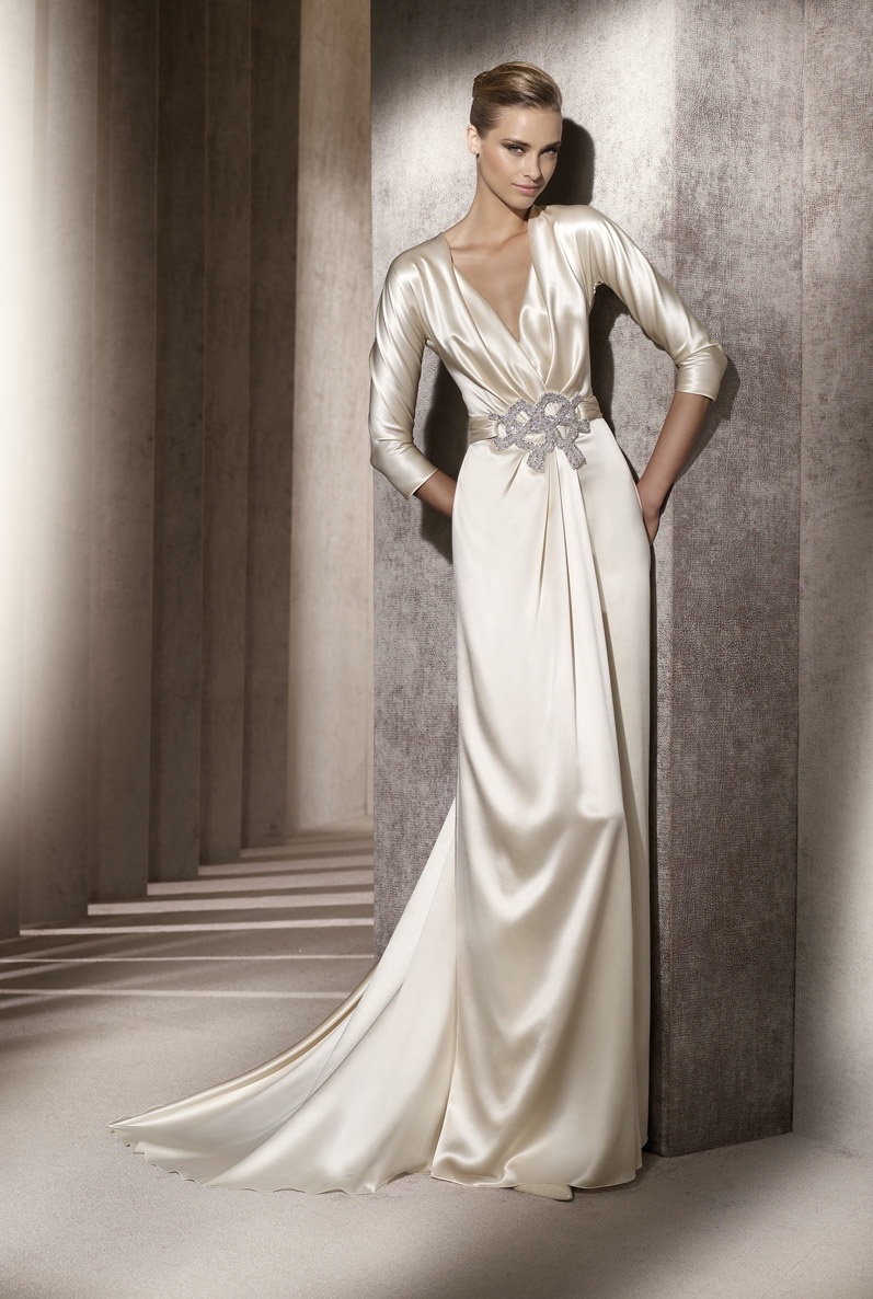 Wedding-dress-manuel-mota-2012-bridal-gowns-emblema.full