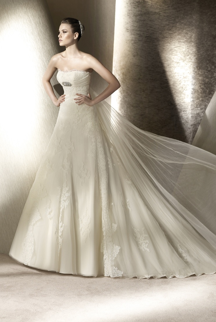 Wedding-dress-san-patrick-spring-2012-bridal-gowns-riaza-front.full