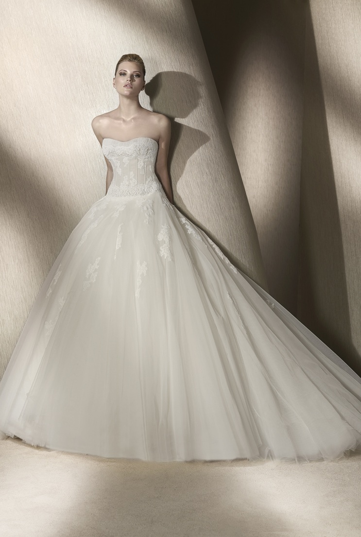 Wedding-dress-san-patrick-spring-2012-bridal-gowns-rida-front.original