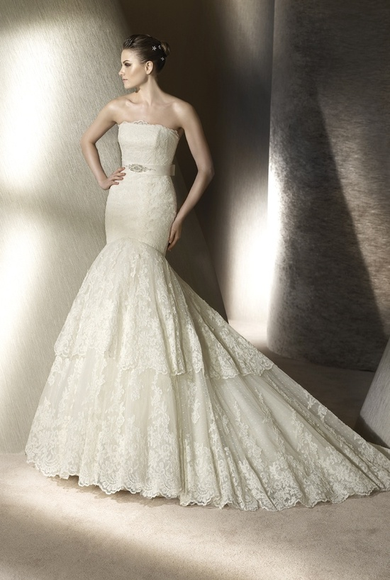 Lace mermaid wedding dress by San Patrick, 2012