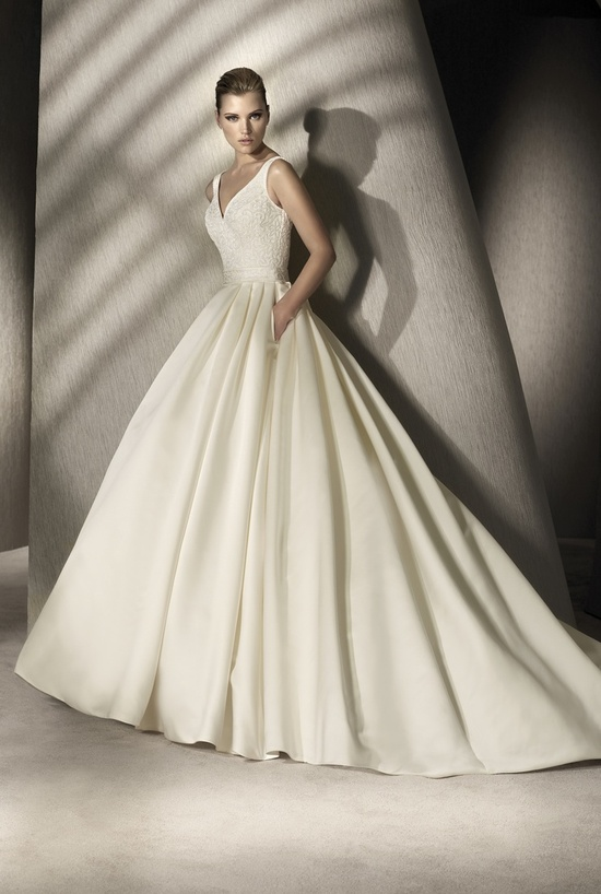 Elegant ivory ballgown wedding dress by San Patrick, 2012 collection