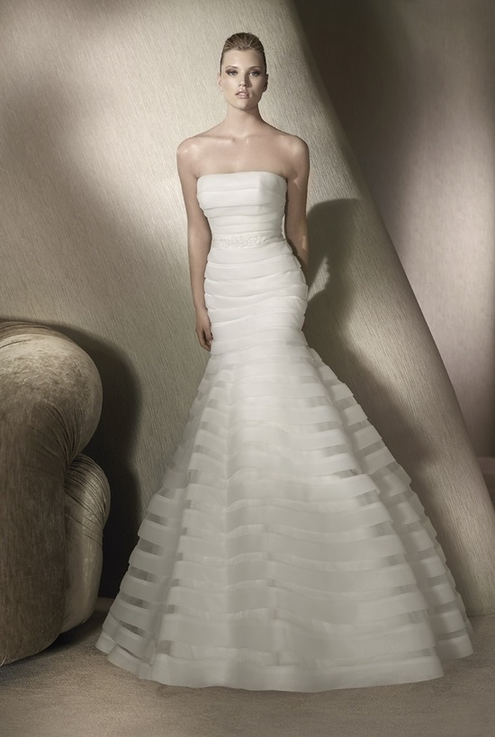 Strapless mermaid wedding dress by San Patrick, 2012 collection