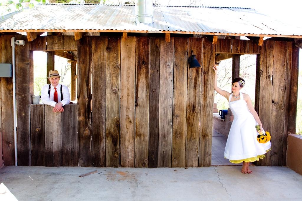 Retro-bride-and-groom-pose-for-arizona-wedding-photographer.full