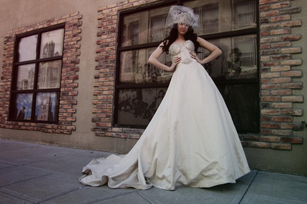 Champagne-silk-elegant-corset-wedding-dress.full
