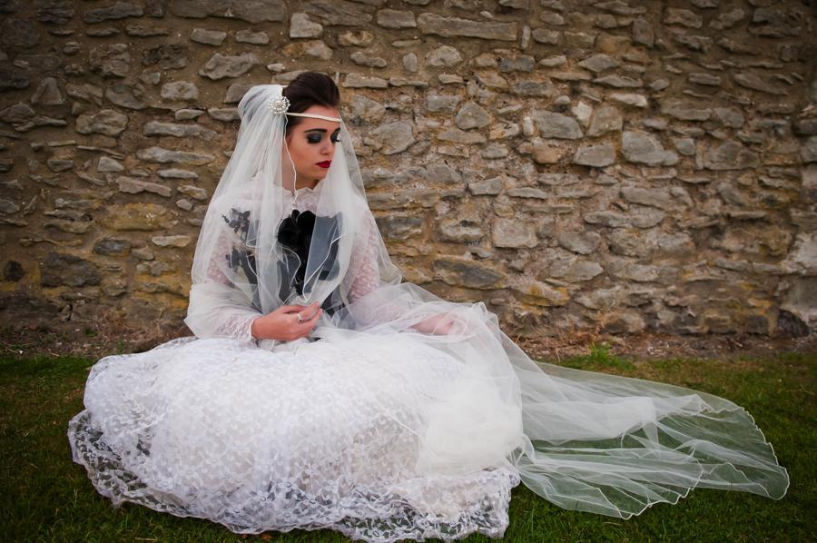 Vintage-goth-bride-for-halloween-weddings.full